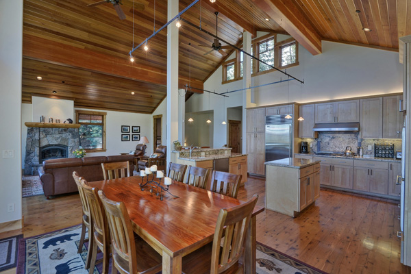 Tahoe Vacation Rentals - Lake Front House - Great Room